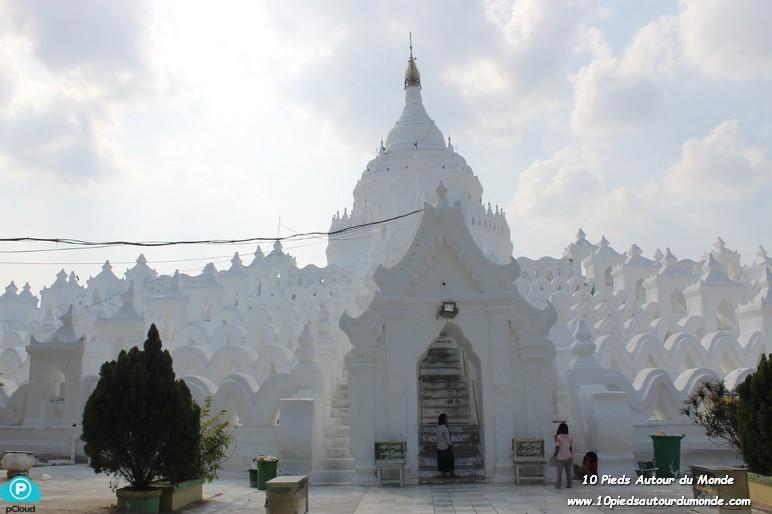 Mya-Tein-Tan-Pagoda-Mingun