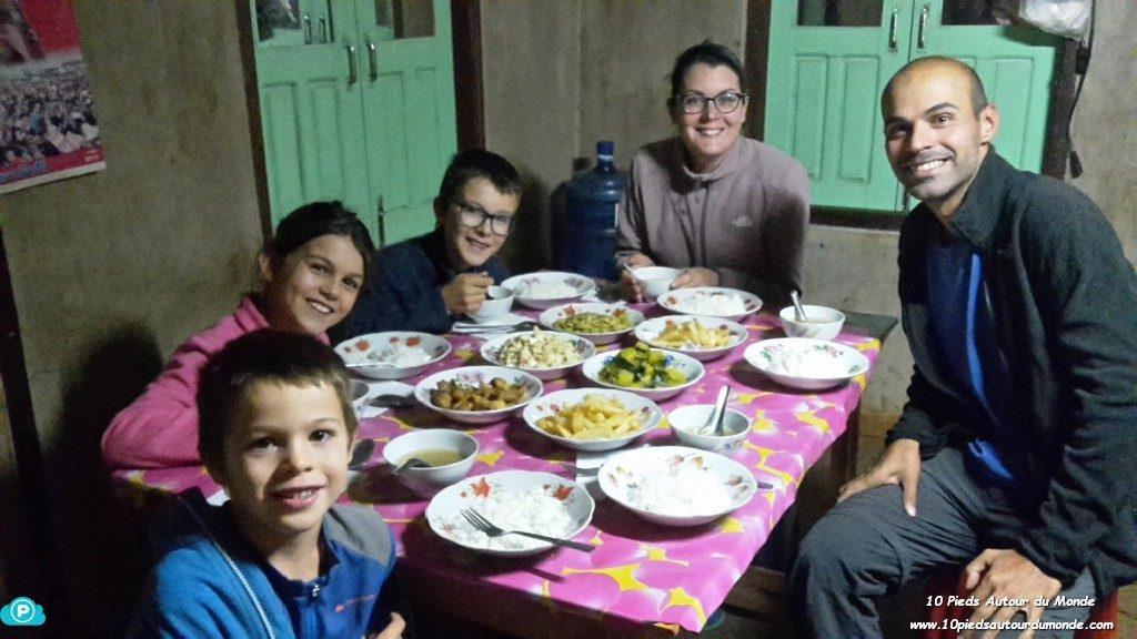 Trek J1 - dîner chez habitant