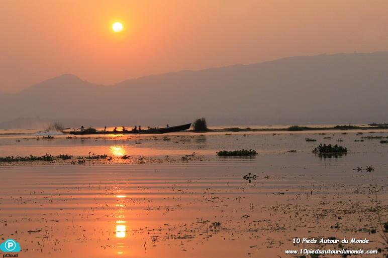 Journée sur le lac Inlé