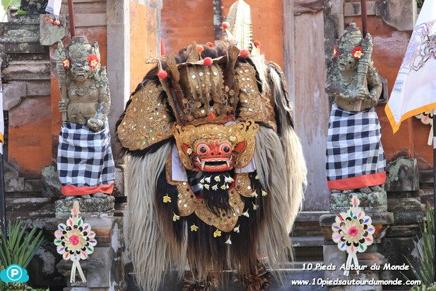 Spectacle Barong