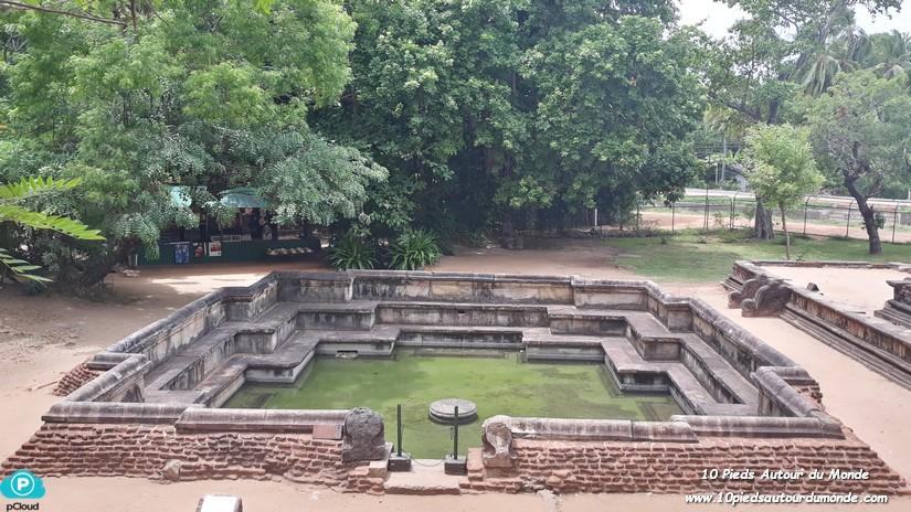 Polonnaruwa - Salle de bain du Roi